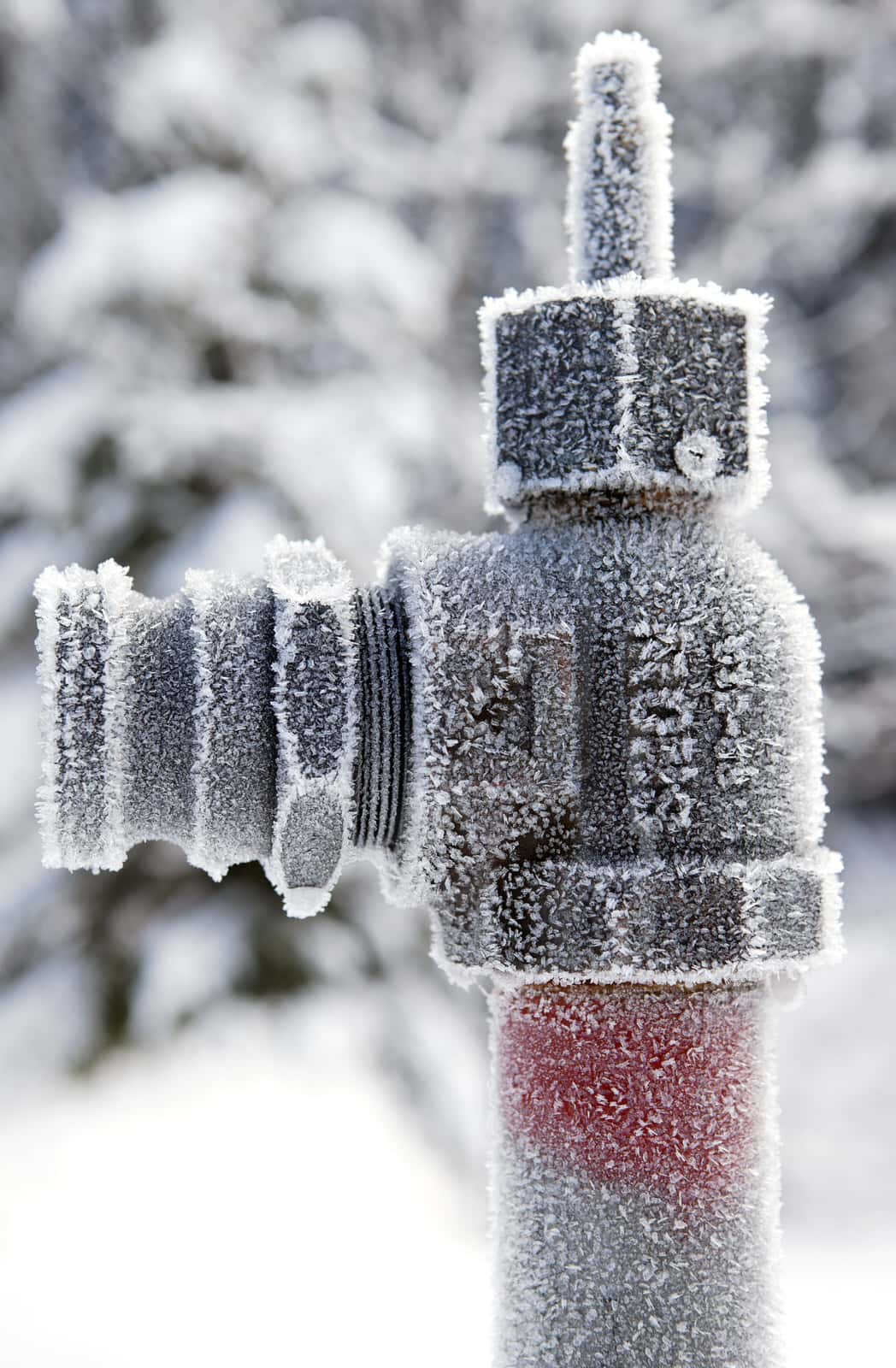 Frost icicles form on the outside of a spigot. How to avoid frozen pipes at home? Follow Kellermeier's 4 steps.